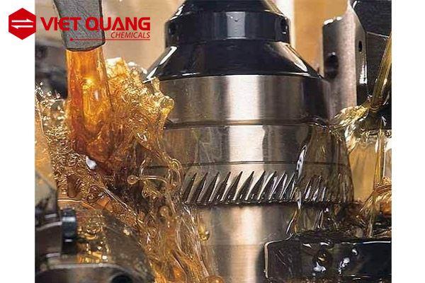 Dầu cắt gọt kim loại không pha nước những ưu điểm nổi bật gì