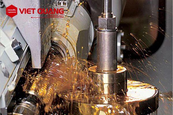 Dầu cắt gọt kim loại pha nước - Có ưu điểm, nhược điểm gì