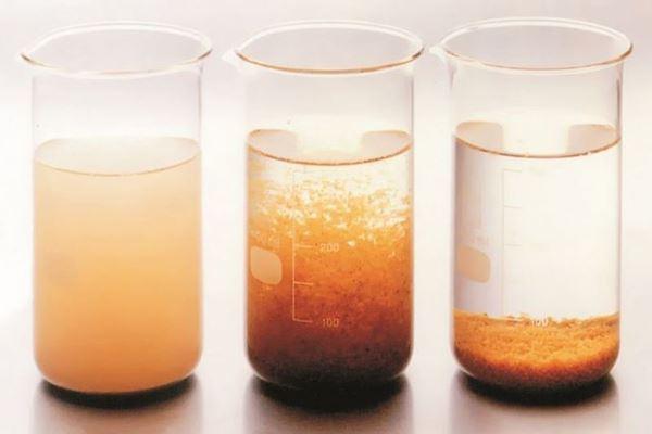 Flocculation là gì? Flocculation có vai trò gì trong xử lí nước thải
